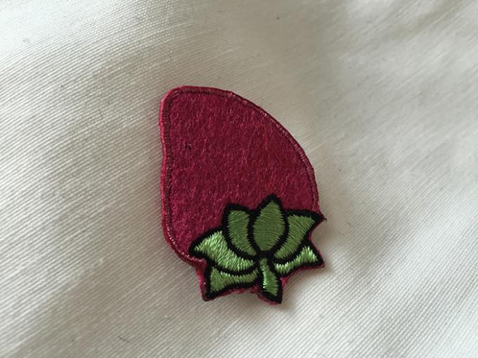 Clothing Decoration Flower Iron On Patches , Beautiful Flower Embroidered Applique Patches